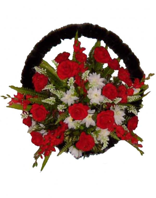 Корзина из искусственных цветов Ладья